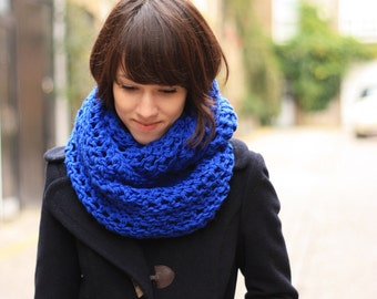 Royal Blue Circle Scarf Womens Infinity Scarf Snood Crochet Womens Scarf Spring Fashion Accessories