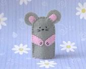 Grey Mouse Finger Puppet - Felt Mouse Puppet - Felt Finger Puppet Mouse