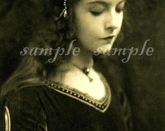 no510 Instant DIGITAL DOWNLOAD - VINTAGE photograph  - french postcard - Gypsy Boho Princess