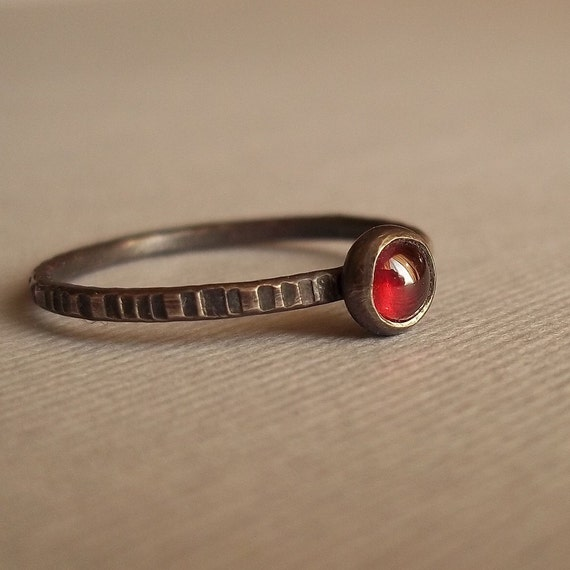 Tiny Little Red Wine Grape - Garnet and Sterling Silver Stacking Ring