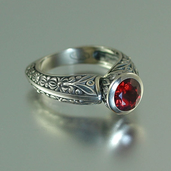 The RED COUNTESS 14K engagement ring (sizes 4 to 7)