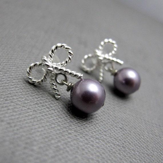Silver Twisted Ribbon with Pearls Earrings // Silver Twisted Ribbon Bow // Mauve Swarovski Pearls // Bridal Earrings