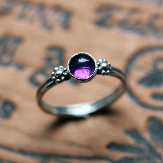 Purple amethyst ring, amethyst ring sterling silver, daisy ring, boho ring, February birthstone ring, purple cabochon ring, made to order