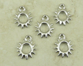 5 TierraCast Radiant Sun Charms > Solar Sunshine Summer Astronomy Astrology - Rhodium plated Lead Free Pewter - I ship Internationally 2097