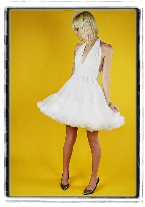 Diy Short White Wedding Dress 50s Style Petticoat Retro