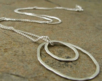 Necklace with Hammered Silver Circle Pendant, Sterling Silver Necklace with Circles, Hammered Silver Necklace, Modern Silver Necklace