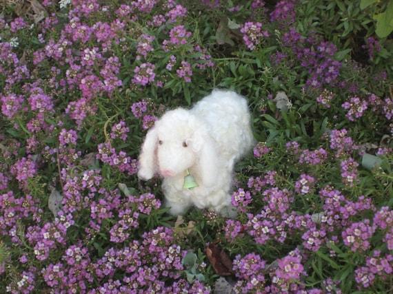 Needle Felting Kit / DIY Craft Kit / Gourmet Felted Kit / Felt miniature white Sheep /Felting Needles / Felting wool cute curls / Bonus bell