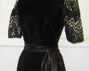Vintage 1980s Black VELVET Party Dress with SEQUIN Sleeves - size extra small to small xs/s