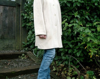 Vintage 1980's ALORNA Wool Car Coat 40's Styled, Padded Shoulders in Oatmeal White, Winter White