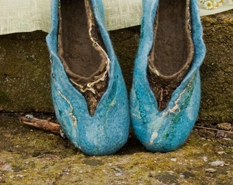 Felted wool slippers Women home shoes TURQUOISE