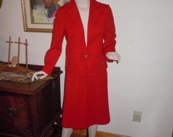 """Vintage 60's Women's RED Suit Wool Knit  Quality Made Stretch Knit Fabulous Condition  Small Bust-34"""""""