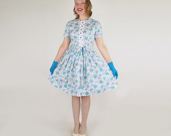 60s Full Skirt Dress with Adorable Flowers & Lace Print M