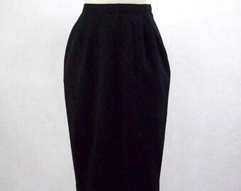 Vintage 80's Black Skirt, Casual, Basic Black Skirt, Pull On Skirt, Comfortable Skirt, Elastic Waist, Lined Skirt, Brownstone Studio,Size 10