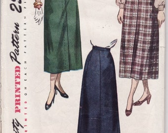 """Vintage Sewing Pattern Ladies' Skirts from the 1940's Simplicity 2624 26"""" Waist"""