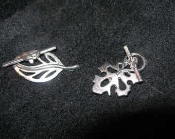 Skeleton leaf toggle clasps, silver  (5) Weirwoods Oak Maple  TeamESST, OlympiaEtsy, paganteam, etsyBuddhists, Witches of Etsy, WWWG