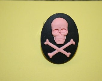 Large Pink Skull and Crossbones Cameo Ring