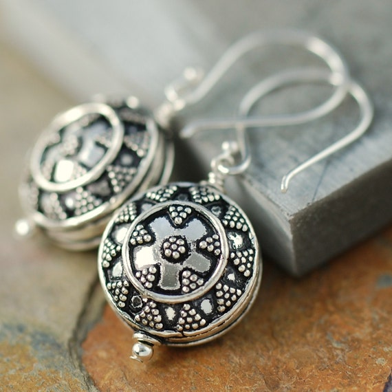 "Sterling silver Bali earrings ""Shield"" design -LAST Pair-"