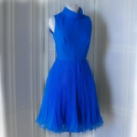 Vintage Ultra Feminine 1950s Hovland-Swanson Chiffon Shift Dress in Peacock Blue Mini Pleats