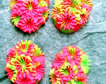 Vintage Two Color Resin Flower Cabochons