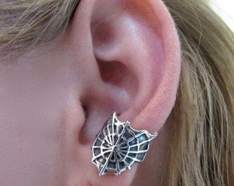 Spider Web Ear Cuff Silver Cobweb Ear Cuff Spider Web Jewelry Spider Jewelry Spider Earring Spiderweb Earring Halloween Jewelry Silver Cuff