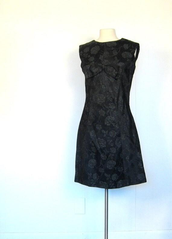 1960s Cocktail Dress / Black Satin Dress / 60s Dress / Size Medium M / Sparkle Brocade