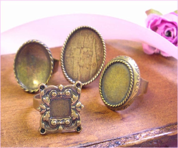 4 Brass Antique Gold Bronze Ring Blanks , Oval cabochon settings , Adjustable wide band , oxidized rustic finish , vintage bezel base