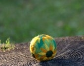 Easter Felted wool ball with sunflower green wool pincushion egg gift for her Mother's day Birthday party green yellow home decor decoration