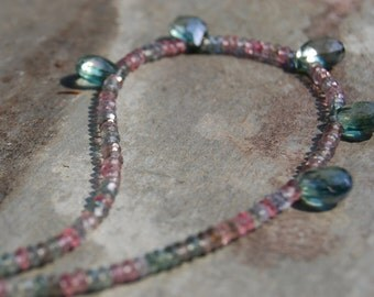 Mystic Quartz Faceted  Color gems beaded necklace pink green all around