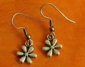 Tiny DAISY FLOWER Antiqued Silver Plated Charm Earrings