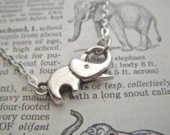 Tiny Silver Elephant Bracelet Silver Tone Metal Fashion Jewelry Elephant Clasp Trunk Up For Good Luck Costume Jewelry For Her