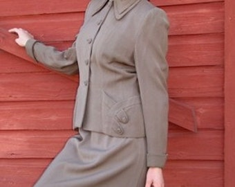 1940s Womens Suit, Taupe Suit, Pin Up Girl, Women's USO Suit, Mid Century Clothing, Size Small, Business Suit, Vintage Brown Suit, 40s Suit