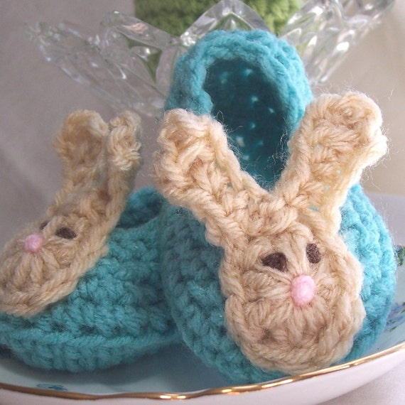 Bunny Booties Crochet Bunny Ears Baby Shoes Aqua Blue with Easter Bunny Applique Size 3 - 6 months Baby Blue Turquoise