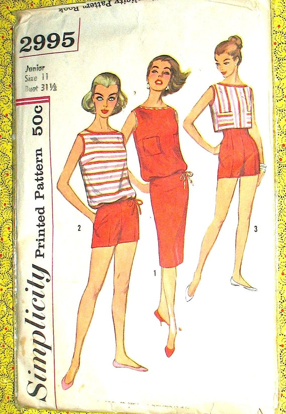 Vintage 60s or early 70s skirt sewing pattern Simp. 2995.