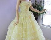 Vintage 50s Prom Formal Dress  Yellow Chiffon Ruffle Garden Wedding Shelf Bust Strapless Full Skirt Sweetheart Princess Dress