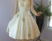 50s Vintage Dress White Chantilly Lace Shelf Bust Full Circle Skirt w Rhinestone Snowflakes