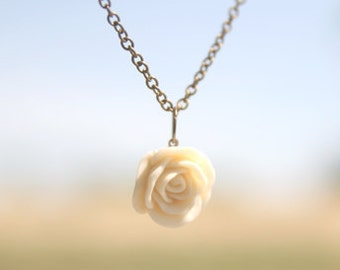 Cream Ivory Rose Flower Necklace // Bridesmaid Gifts // Bridesmaid Necklaces // Rustic Wedding