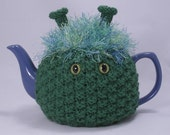 CozyKin tea cosy - A cute and friendly sweater for your teapot - You choose color and eyes