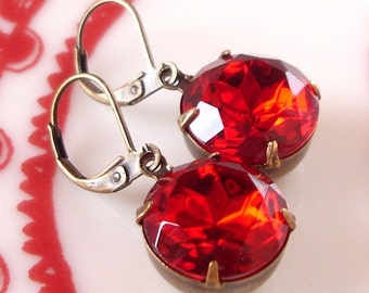 Vintage Ruby Red Retro Rhinestone Earrings Wedding Bridal Bridesmaids