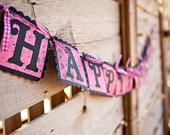 Giddy Up Cowgirl HAPPY BIRTHDAY Banner - Pink & Black Paisley Western Sign - Girl's Western Birthday Party Decoration
