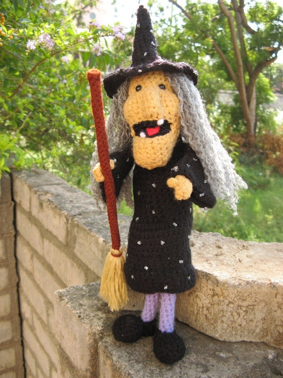From Etsy Shop madsbear crochet pattern witch