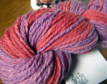 Red and Purple Color-Changing HANDSPUN Wool Yarn - 151 yds, Worsted