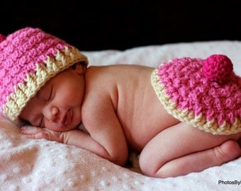 Baby Hat CROCHET PATTERN Cupcake Hat and Bum Cover