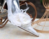 Shoe Clips White / Ivory Organza Poppies Duo. Shabby Chic Style, Feather Pearl Feminine Stylish Handstitched, Spring Bridal Bride Bridesmaid
