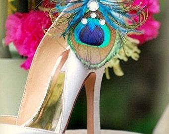 Summer Shoe Clips Peacock Ostrich & Gems. Feminine Couture Luxury, Peridot Metallic Silver, Diva Bride Bridesmaid Accessory, Elegant Wedding