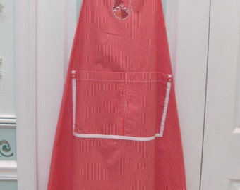 HANDMADE CHEFS APRON : Gardening apron,,red and white cotton sailcloth fabric,trimmed in white bias tape,two large pockets