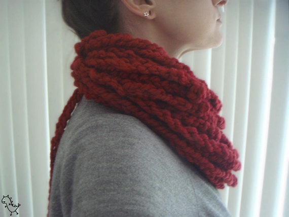 Yarn Pile - Cranberry