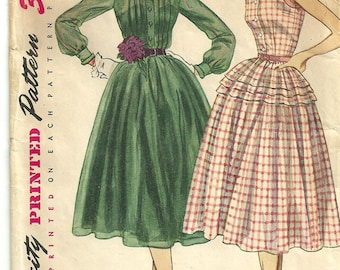 Vintage 50s Sewing Pattern from Simplicity 3848 // Dress // Size 14 Bust 32