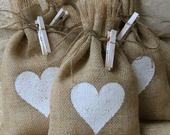 "Burlap Gift Bags, Set of Four, White Heart, 7"" X 11"", Shabby Chic Wedding, Valentines Day, Mothers Day, White and Natural, Baby Shower."