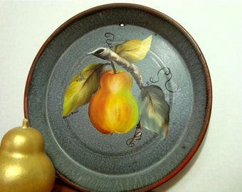 Graniteware Pie Tin, Golden Pear Painted Vintage Enamelware Fruit