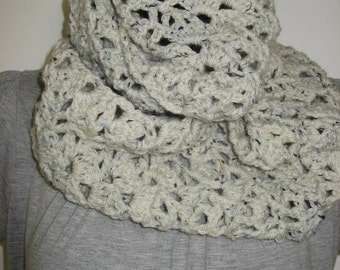 crochet scarf  mobius  handmade  in aran tweed soft- mobius scarf crochet in aran tweed - handmade infinity crochet tweed scarf
